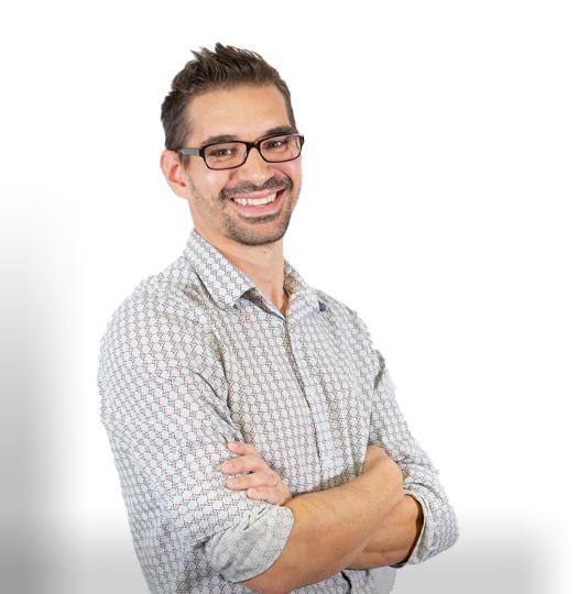 Brad Reid is the Creative Director for Harp Interactive + Advertising